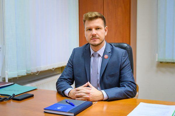 Aljaž Verhovnik med nominiranci za ime leta na Valu 202!